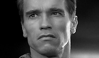 Total Recall (1990) <br /> Arnold Schwarzenegger<br /> *Filmstill - Editorial Use Only*<br /> CAP/KFS<br /> Image supplied by Capital Pictures