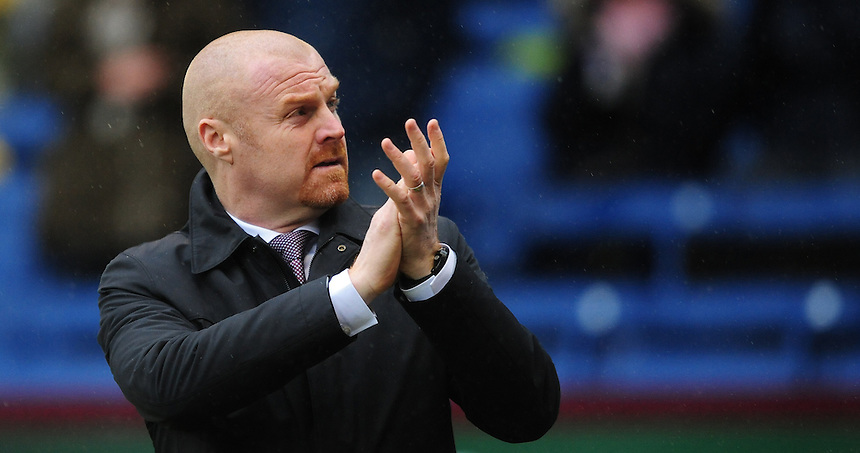 Burnley manager Sean Dyche<br /> <br /> Photographer Chris Vaughan/CameraSport<br /> <br /> Football - The Football League Sky Bet Championship - Burnley v Hull City - Saturday 6th February 2016 - Turf Moor - Burnley <br /> <br /> &copy; CameraSport - 43 Linden Ave. Countesthorpe. Leicester. England. LE8 5PG - Tel: +44 (0) 116 277 4147 - admin@camerasport.com - www.camerasport.com