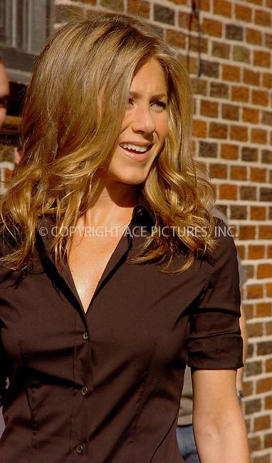 WWW.ACEPIXS.COM . . . . .  ....NEW YORK, MAY 24, 2006....Jennifer Aniston visits the Late Show with David Letterman.....Please byline: AJ Sokalner - ACEPIXS.COM.... *** ***..Ace Pictures, Inc:  ..(212) 243-8787 or (646) 769 0430..e-mail: picturedesk@acepixs.com..web: http://www.acepixs.com