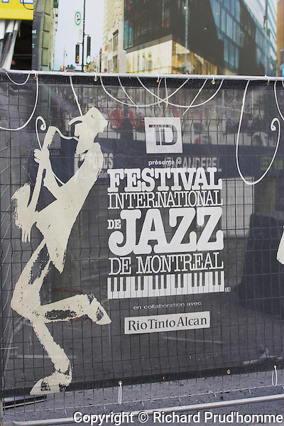 Thirty five years of the world's biggest jazz festival. The International Jazz Festival of Montreal takes over the Quartie des Spectacles in downtown Montreal.