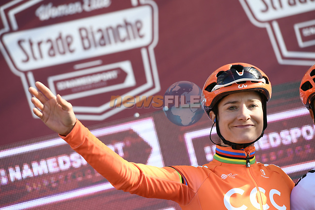 Marianne Vos (NED) CCC-Liv at sign on before the start of the Strade Bianche Women Elite 2019 running 133km from Siena to Siena, held over the white gravel roads of Tuscany, Italy. 9th March 2019.<br /> Picture: LaPresse/Fabio Ferrari | Cyclefile<br /> <br /> <br /> All photos usage must carry mandatory copyright credit (© Cyclefile | LaPresse/Fabio Ferrari)