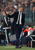 Calcio, Champions League: Gruppo H, Juventus vs Lione. Torino, Juventus Stadium, 2 novembre 2016. <br /> Juventus coach Massimiliano Allegri gestures during the Champions League Group H football match between Juventus and Lyon at Turin's Juventus Stadium, 2 November 2016. The game ended 1-1.<br /> UPDATE IMAGES PRESS/Isabella Bonotto