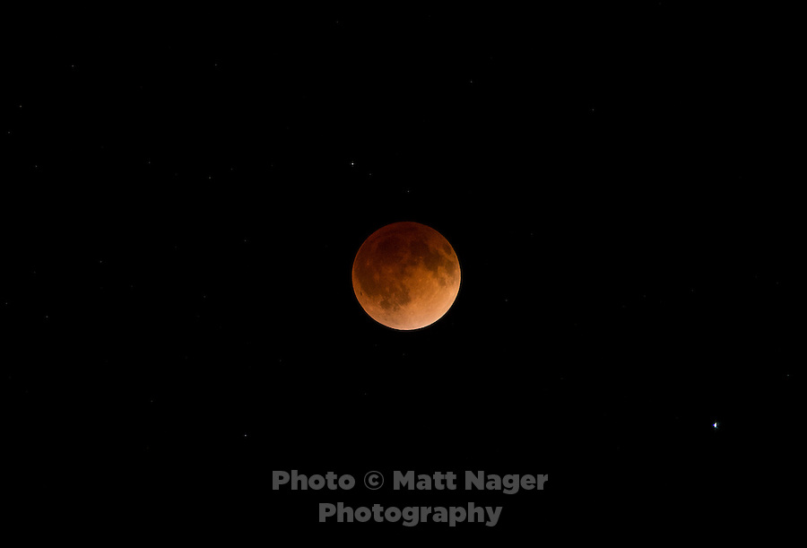 Lunar Eclipse in Denver, Colorado, Monday, April 14, 2014. <br /> <br /> Photo by Matt Nager