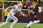 Wisconsin Badgers linebacker Andrew Van Ginkel (17) pressures the quarterback during an NCAA College Big Ten Conference football game against the Minnesota Golden Gophers Saturday, November 25, 2017, in Minneapolis, Minnesota. The Badgers won 31-0. (Photo by David Stluka)