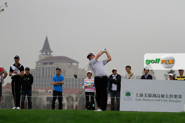 Louis Oosthuizen (RSA) on the 6th on Day 3 of the BMW Masters 2012 at Lake Malaren Golf Club, Shanghai, China, Tuesday 26/10/12...(Photo www.golffile.ie)