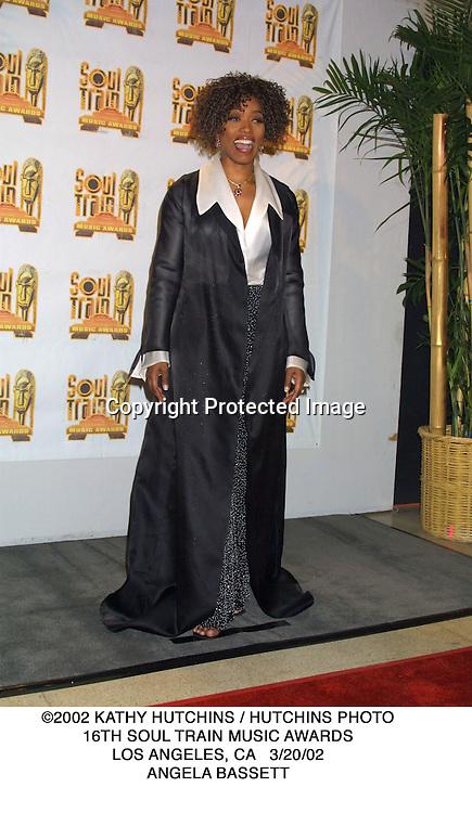 ©2002 KATHY HUTCHINS / HUTCHINS PHOTO.16TH SOUL TRAIN MUSIC AWARDS.LOS ANGELES, CA   3/20/02.ANGELA BASSETT