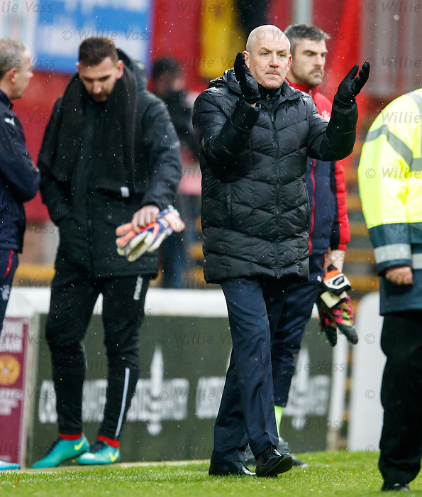 Mark Warburton applauding the Rangers support at full-time