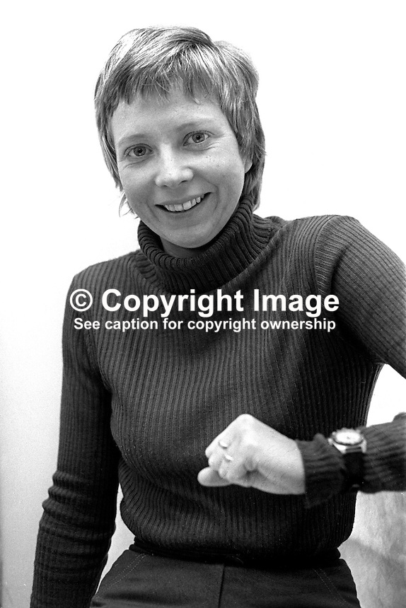 Helen Madden, Belfast, N Ireland, BBC freelance journalist & former Miss Helen in UTV's Romper Room. 197502060086a..Copyright Image from Victor Patterson, 54 Dorchester Park, Belfast, UK, BT9 6RJ..Tel: +44 28 9066 1296.Mob: +44 7802 353836.Voicemail +44 20 8816 7153.Skype: victorpattersonbelfast.Email: victorpatterson@me.com.Email: victorpatterson@ireland.com (back-up)..IMPORTANT: If you wish to use this image or any other of my images please go to www.victorpatterson.com and click on the Terms & Conditions. Then contact me by email or phone with the reference number(s) of the image(s) concerned.