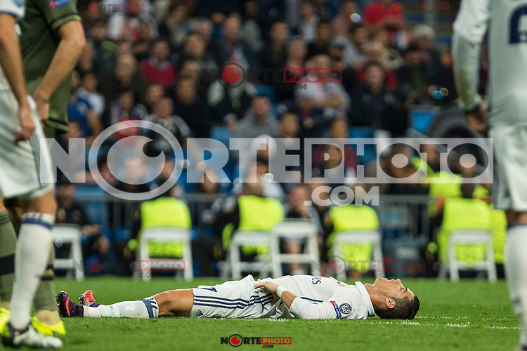 Real Madrid's Cristiano Ronaldo during the match of UEFA Champions League group stage between Real Madrid and Legia de Varsovia at Santiago Bernabeu Stadium in Madrid, Spain. October 18, 2016. (ALTERPHOTOS/Rodrigo Jimenez) /NORTEPHOTO.COM