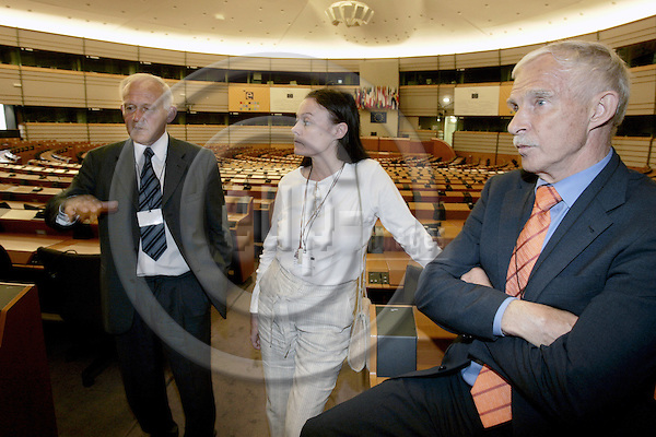 BRUSSELS - BELGIUM -22 JUNE 2004--Newly elected Swedish MEPs in the plenary room of the EU-Parliament. Lars WAHLIN (L), Helene GOUDIN and Niels LUNDGREN represent the No to EU party. --PHOTO: JUHA ROININEN / EUP-IMAGES