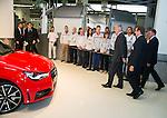 Le Roi Philippe &eacute;tait pr&eacute;sent &agrave; l'usine Audi Forest afin d'inaugurer la 500.000 eme Audi A1 sortie des chaines de production. Ainsi que rencontrer des jeunes dans le cadre de l'enseignement et formation emploi.<br /> Bruxelles, le 14 octobre 2014, Belgique
