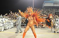 SAO PAULO, SP, 19 DE FEVEREIRO 2012 - CARNAVAL SP - GAVIOES DA FIEL -Sabrina Sato. Desfile da escola de samba Gavioes da Fiel na segunda noite do Carnaval 2012 de São Paulo, no Sambódromo do Anhembi, na zona norte da cidade, neste domingo.(FOTO: ADRIANO LIMA  - BRAZIL PHOTO PRESS).