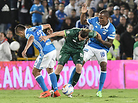 BOGOTA, COLOMBIA-29-11-2017: Jhon Duque Arias (Der) y Jair Palacios (Izq) jugadores de Millonarios disputan el balón con Jean Carlo Blanco (Izq) jugador de La Equidad durante partido partido por los cuartos de final vuelta de la Liga Aguila II 2017jugado en el estadio Nemesio Camacho El Campin de la ciudad de Bogota. / Jhon Duque Arias (L) and Jair Palacios (R) players of Millonarios fight for the ball with Jean Carlo Blanco (L) player of La Equidad during second leg match for the quarterfinals of the Liga Aguila II 2017played at the Nemesio Camacho El Campin Stadium in Bogota city. Photo: VizzorImage / Gabriel Aponte / Staff.