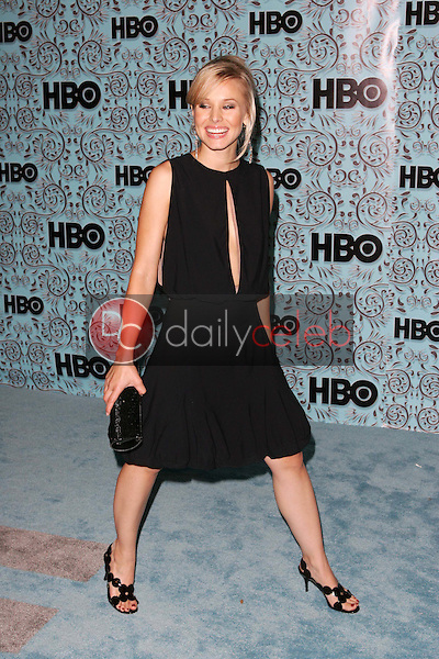 Kristen Bell<br />At the HBO Emmy After Party. Pacific Design Center,Los Angeles, CA. 09-18-05<br />Dave Edwards/DailyCeleb.Com 818-249-4998