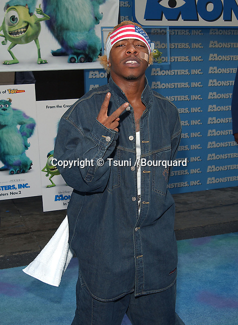 Sisqo arriving at the premiere of Monsters Inc. at the El Captain Theatre in Los Angeles. October 28, 2001.          -            Sisqo01.jpg