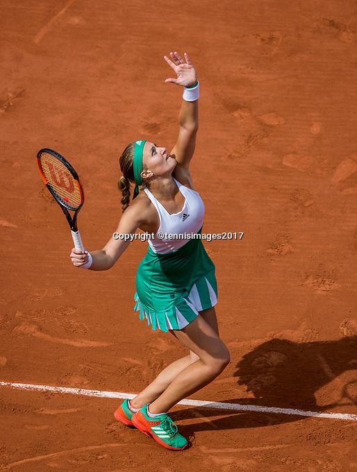 Paris, France, 4 June, 2017, Tennis, French Open, Roland Garros, Kristina Mladenovic (FRA)<br /> Photo: Henk Koster/tennisimages.com