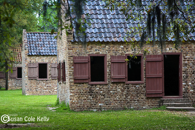 A row of  Slave cabins at Boone Hall Plantation, Mt. Pleasant, SC, USA