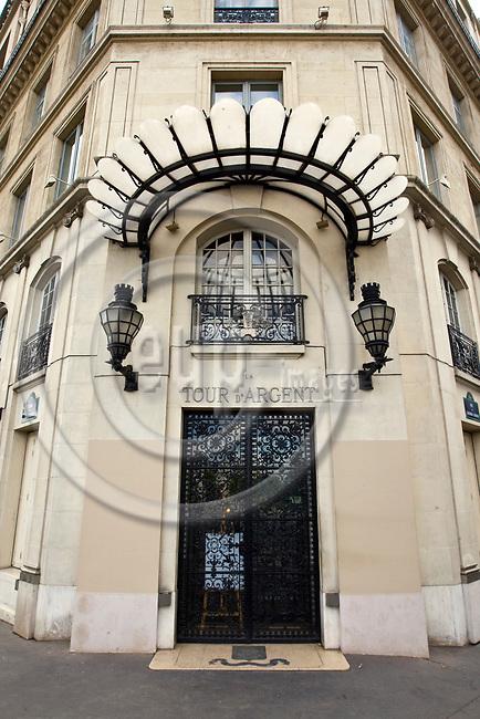 """PARIS - FRANCE - 08 MAY 2011 -- Paris travel city photos. -- The world famous restaurant """"Tour d'Argent"""". -- PHOTO: Juha ROININEN / EUP-IMAGES"""