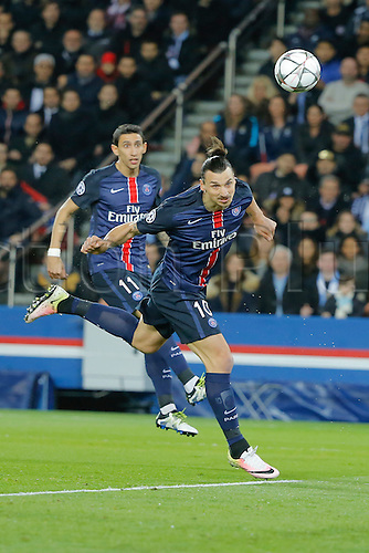 06.04.2016. Paris, France. UEFA CHampions League, quarter-final. Paris St Germain versus Manchester City.  Zlatan Ibrahimovic (psg) gets his head on goal watched by Angel Di Maria (psg)