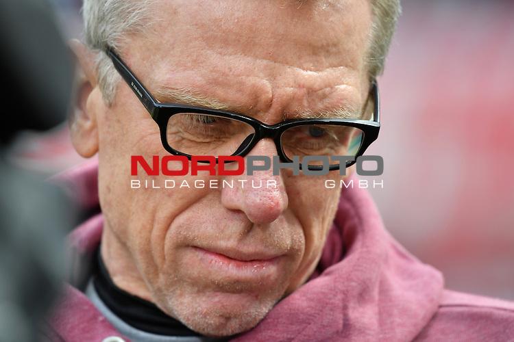 23.04.2016, RheinEnergie Stadion, Koeln, GER, 1.FBL,  1. FC Koeln vs SV Darmstadt 98<br /> im Bild / picture shows: <br /> Peter St&ouml;ger / Stoeger (Trainer Koeln)Portrait<br /> <br /> <br /> <br /> Foto &copy; nordphoto / meuter