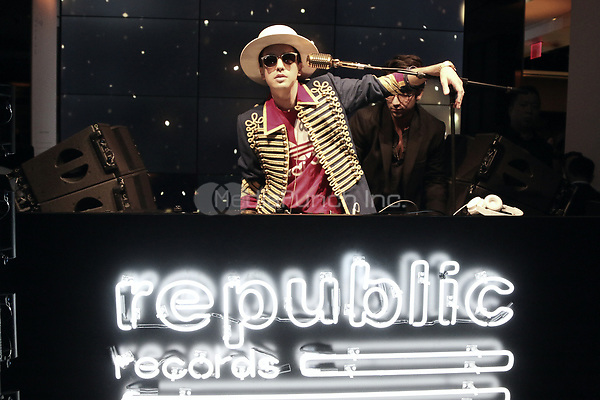 NEW YORK, NY - JANUARY 26: DJ Cassidy pictured at the Republic Records GRAMMY Awards party at Cadillac House on January 26, 2018 in New York City. Credit: Walik Goshorn/MediaPunch