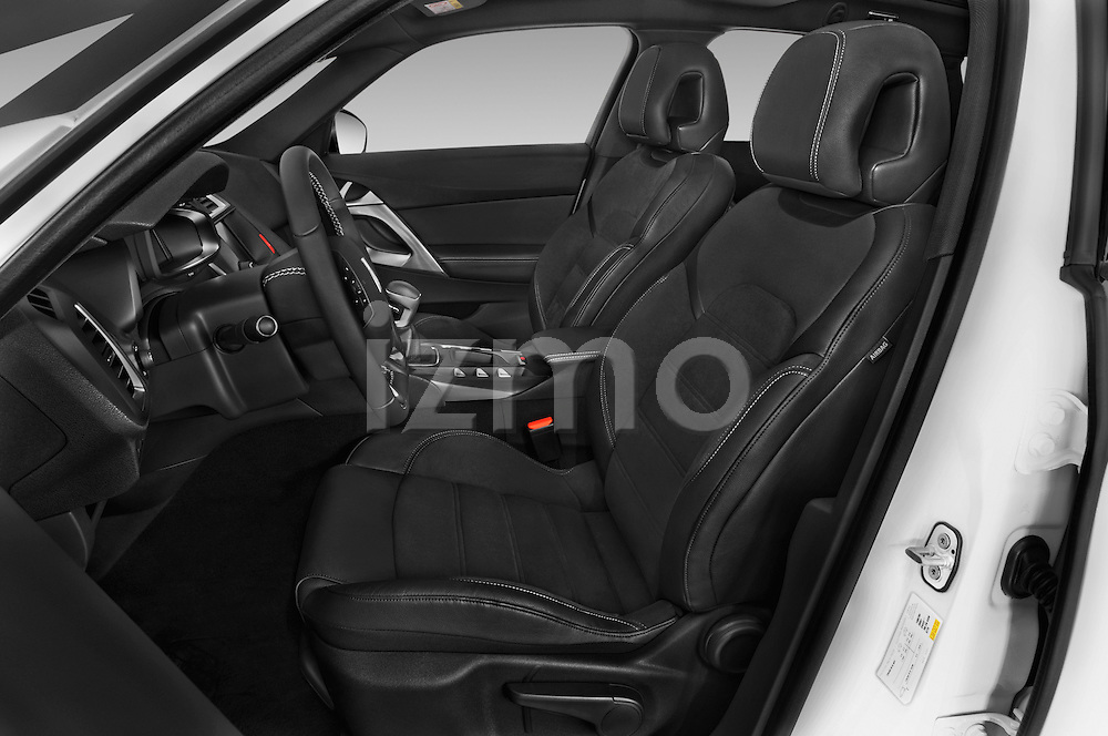Front seat view of 2016 Citroen DS5 Sport Chic 5 Door Hatchback Front Seat  car photos