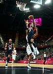 Engeland, London, 31 juli 2012.Olympische Spelen London.De supersterren uit de NBA lieten niets heel van Tunesië en zegevierden met 110-63.Russell Westbrook van Team USA in actie met de bal