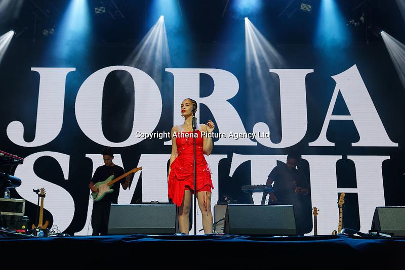 Pictured: Jorja Smith performs on stage. Saturday 26 May 2018<br /> Re: BBC Radio 1 Biggest Weekend at Singleton Park in Swansea, Wales, UK.