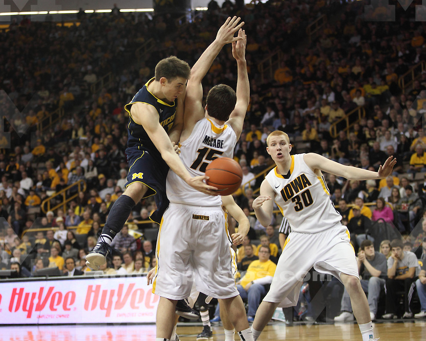 The University of Michigan men's basketball team lost to Iowa, 75-59, at Carver-Hawkeye Arena in Iowa City, Iowa, on January 14, 2012.