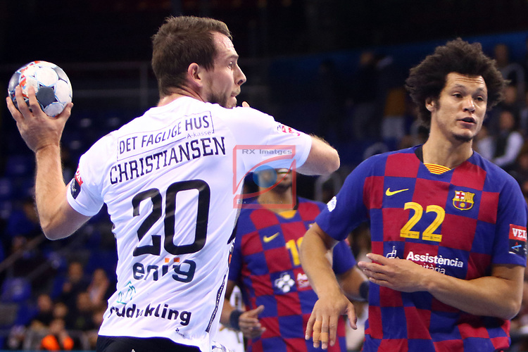 VELUX EHF 2019/20 EHF Men's Champions League Group Phase - Round 8.<br /> FC Barcelona vs Aalborg Handbold: 44-35.<br /> Mads Christiansen vs Thiagus Petrus.