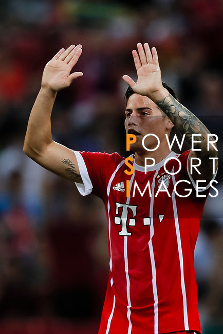 Bayern Munich Midfielder James Rodríguez gestures during the International Champions Cup match between Chelsea FC and FC Bayern Munich at National Stadium on July 25, 2017 in Singapore. Photo by Marcio Rodrigo Machado / Power Sport Images