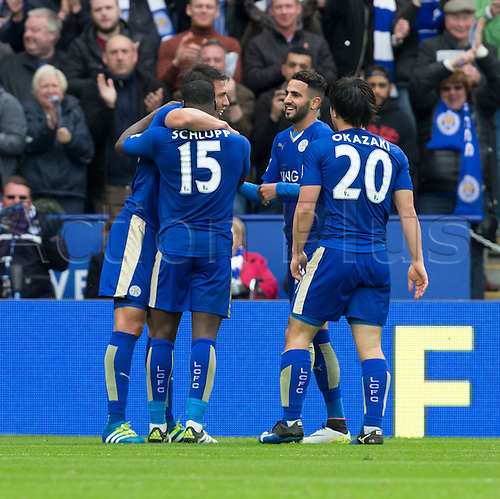 24.04.2016. King Power Stadium, Leicester, England. Barclays Premier League. Leicester versus Swansea.  Leonardo Ulloa celebrates with  his team mates after he scored in the 60th minute.