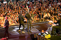 10/30/07 Bruce Springsteen & the E Street Band perform at the Los Angeles Sports Arena