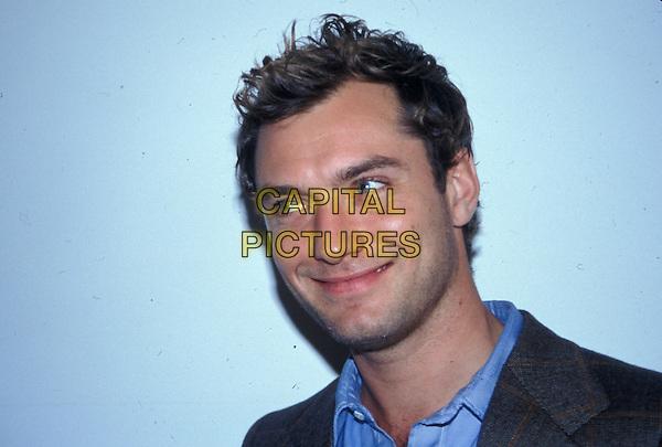 JUDE LAW.headshot, portrait, smiling.www.capitalpictures.com.sales@capitalpictures.com.© Capital Pictures.