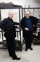 """L'artista italiano Mimmo Paladino, a destra, posa col musicista britannico Brian Eno vicino alla sua installazione per la presentazione della mostra evento """"Opera per l'Ara Pacis"""", a Roma, 10 marzo 2008..Italian artist Mimmo Paladino, right, poses with the British musician Brian Eno near his installation for the presentation of the exhibition event """"Work for the Ara Pacis"""" in Rome, 10 march 2008..UPDATE IMAGES PRESS/Riccardo De Luca"""