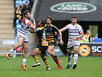 Leicester Tigers' Adam Thompstone wrestles the ball away from Wasps' Lima Sopoaga <br /> <br /> Photographer Stephen White/CameraSport<br /> <br /> Gallagher Premiership - Wasps v Leicester Tigers - Sunday 16th September 2018 - Ricoh Arena - Coventry<br /> <br /> World Copyright &copy; 2018 CameraSport. All rights reserved. 43 Linden Ave. Countesthorpe. Leicester. England. LE8 5PG - Tel: +44 (0) 116 277 4147 - admin@camerasport.com - www.camerasport.com