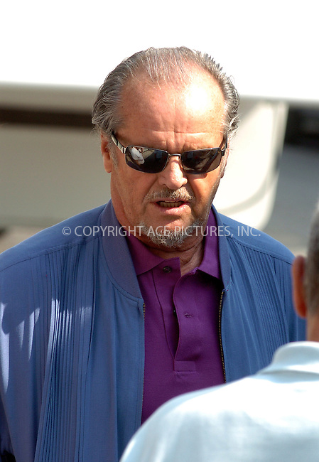 WWW.ACEPIXS.COM ** ** **EXCLUSIVE!!! FEE MUST BE NEGOTIATED BEFORE USE!!!....NEW YORK, APRIL 20, 2005....Jack Nicholson at a downtown photo set along with Martin Nicholson. It looks as though Martin Scorsese is delivering some kind of script to an on site trailer.....Please byline: Philip Vaughan -- ACE PICTURES... *** ***  ..Ace Pictures, Inc:  ..Craig Ashby (212) 243-8787..e-mail: picturedesk@acepixs.com..web: http://www.acepixs.com