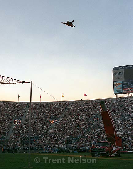 Human cannonball Jennifer Schneider at the Stadium of Fire.<br />