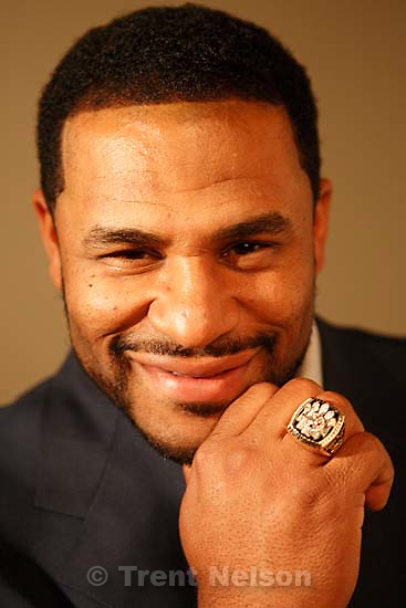 Provo - Former Pittsburgh Steelers' running back Jerome &quot;The Bus&quot; Bettis was in SLC today to unveil a new Internet tool for asthma sufferers (asthacontrol.com). He's suffered from asthma for years while playing professional sports.<br />