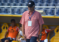 BARRANQUILLA - COLOMBIA - 19 - 11 - 2017: Julio Comensaña, técnico de Atletico Junior, durante partido de la fecha 20 entre Atletico Junior y Deportivo Pasto por la Liga Aguila II - 2017, jugado en el estadio Metropolitano Roberto Melendez de la ciudad de Barranquilla. / Julio Comensaña, coach of Atletico Junior, during a match of the date 20th between Atletico Junior and Deportivo Pasto for the Liga Aguila II - 2017 at the Metropolitano Roberto Melendez Stadium in Barranquilla city, Photo: VizzorImage  / Alfonso Cervantes / Cont.