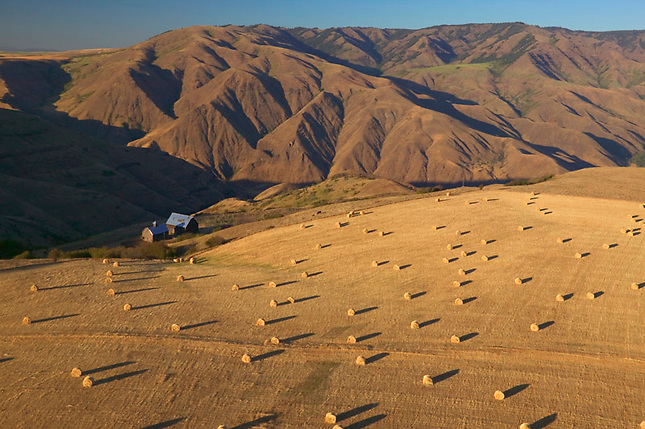 Farm above Hells Canyon