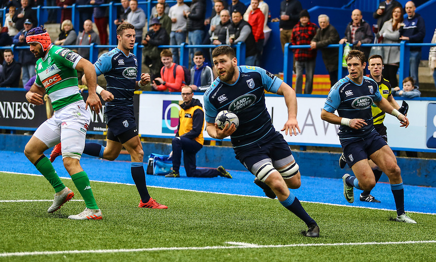 Cardiff Blues' Sion Bennett dives over for the fourth try of the afternoon.<br /> <br /> Photographer Dan Minto/CameraSport<br /> <br /> Guinness PRO12 Round 15 - Cardiff Blues v Benetton Treviso - Saturday 18th February 2017 - BT Sport Cardiff Arms Park<br /> <br /> World Copyright &copy; 2017 CameraSport. All rights reserved. 43 Linden Ave. Countesthorpe. Leicester. England. LE8 5PG - Tel: +44 (0) 116 277 4147 - admin@camerasport.com - www.camerasport.com