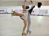 CALI – COLOMBIA – 19 – 09 – 2015: David Rist y Marina Cook, deportistas de Estados Unidos, durante la prueba de Pareja Danzas Obligatorias Juvenil en el LX Campeonato Mundial de Patinaje Artistico, en el Velodromo Alcides Nieto Patiño de la ciudad de Cali. / David Rist and Marina Cook,  participants from United States, during the Compulsory Couples Dance Junior test, in the LX World Championships  Figure Skating, at the Alcides Nieto Patiño Velodrome in Cali City. Photo: VizzorImage / Luis Ramirez / Staff.