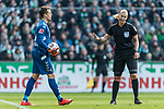 13.04.2019, Weserstadion, Bremen, GER, 1.FBL, Werder Bremen vs SC Freiburg<br /> <br /> DFL REGULATIONS PROHIBIT ANY USE OF PHOTOGRAPHS AS IMAGE SEQUENCES AND/OR QUASI-VIDEO.<br /> <br /> im Bild / picture shows<br /> Bibiana Steinhaus (Schiedsrichterin / referee) weist Alexander Schwolow (SC Freiburg #01) wiederholt auf Zeitspiel hin, <br /> <br /> Foto © nordphoto / Ewert