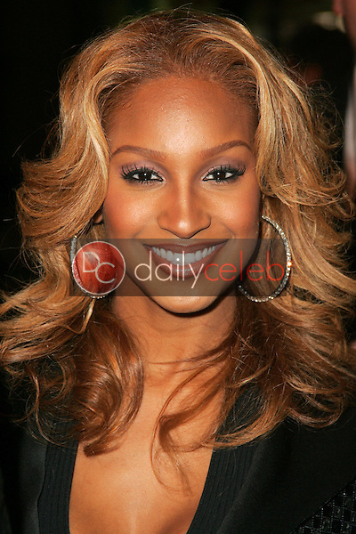 Olivia<br />at the world premiere of &quot;Get Rich Or Die Tryin&quot;. Graumans Chinese Theatre, Hollywood, CA. 11-02-05<br />Dave Edwards/DailyCeleb.com 818-249-4998