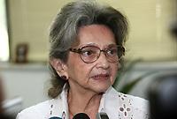 O governador Simão Jatene visitou na manhã desta segunda-feira (21), o Instituto Evandro Chagas, em Ananindeua, onde foi recebido pela diretora Elizabeth Santos.<br /> Na foto Elizabeth Santos, diretora do Instituto.<br /> <br /> FOTO: CRISTINO MARTINS/AG. PARÁ<br /> DATA: 21-02-2011<br /> ANANINDEUA-PARÁ
