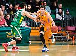 S&ouml;dert&auml;lje 2015-02-03 Basket Basketligan S&ouml;dert&auml;lje Kings - Norrk&ouml;ping Dolphins :  <br /> Norrk&ouml;ping Dolphins Toni Prostran i kamp om bollen med S&ouml;dert&auml;lje Kings Dino Butorac under matchen mellan S&ouml;dert&auml;lje Kings och Norrk&ouml;ping Dolphins <br /> (Foto: Kenta J&ouml;nsson) Nyckelord:  S&ouml;dert&auml;lje Kings SBBK T&auml;ljehallen Norrk&ouml;ping Dolphins