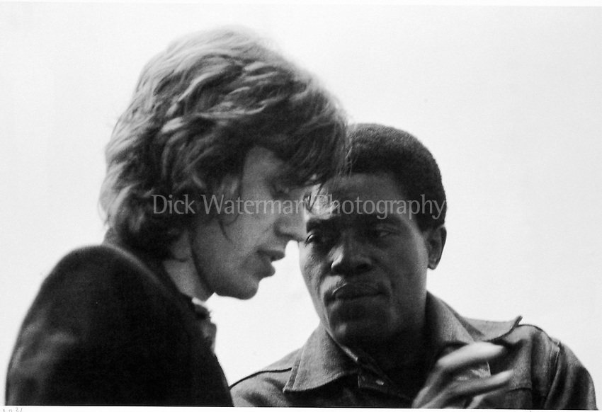 "Mick Jagger and Junior Wells ""The Harmonica Lesson"""