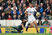 Matt Banahan of Bath Rugby gets past Ben Youngs of Leicester Tigers. Aviva Premiership match, between Leicester Tigers and Bath Rugby on September 3, 2017 at Welford Road in Leicester, England. Photo by: Patrick Khachfe / Onside Images