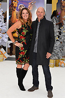 Jennifer Magee-Cook &amp; Stewart Cook at the world premiere for &quot;The Star&quot; at the Regency Village Theatre, Westwood. Los Angeles, USA 12 November  2017<br /> Picture: Paul Smith/Featureflash/SilverHub 0208 004 5359 sales@silverhubmedia.com